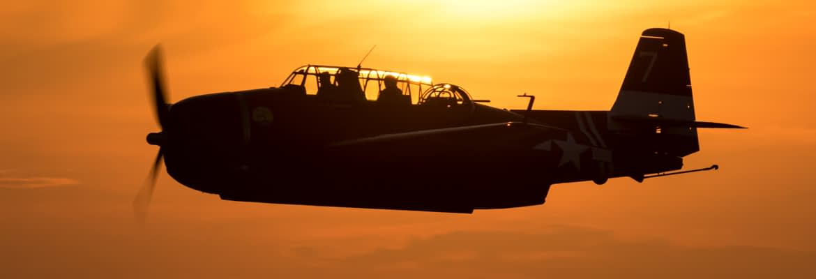 TBM Avenger at Sunset - AirshowStuff