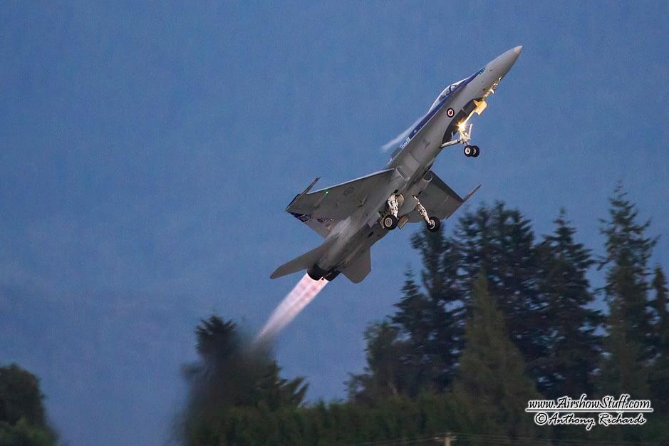 CF-18 Hornet Night Afterburner Takeoff - Abbotsford International Airshow 2014