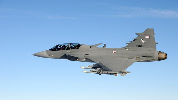 Pilot Killed When Thai Gripen Crashes At Airshow For Children