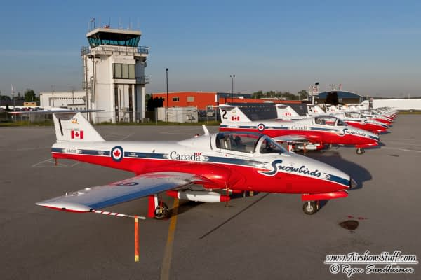 Canadian Forces Snowbirds Add Four New Dates to 2015 Schedule