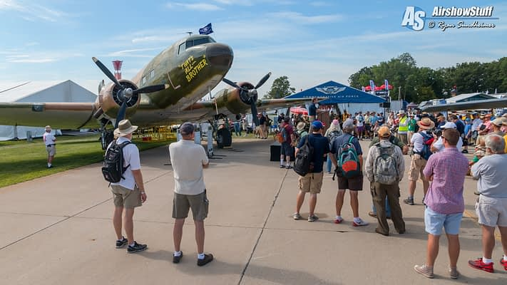 Airplane that Led the D-Day Invasion Appears at Oshkosh