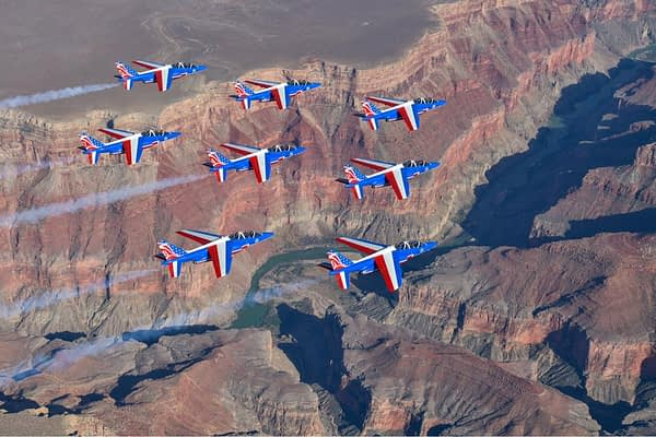 A Grand Photo Shoot! The Patrouille de France Fly Over The Grand Canyon And More!