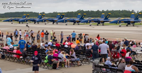 US Navy Blue Angels and Crowd