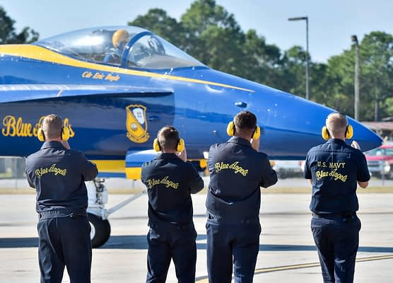 Welcome, Boss! New Commander Flies First Blue Angels Training Mission