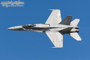 US Navy F/A-18C Hornet Demonstration Team