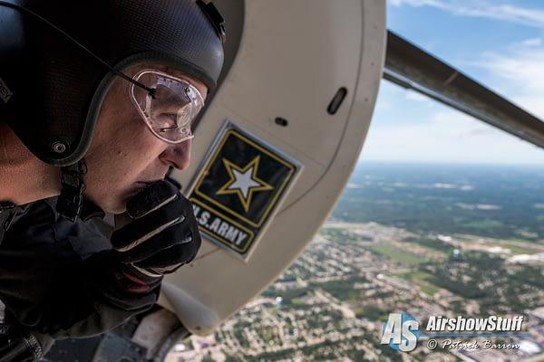 US Army Golden Knight Corey Hood - Dayton Airshow 2015