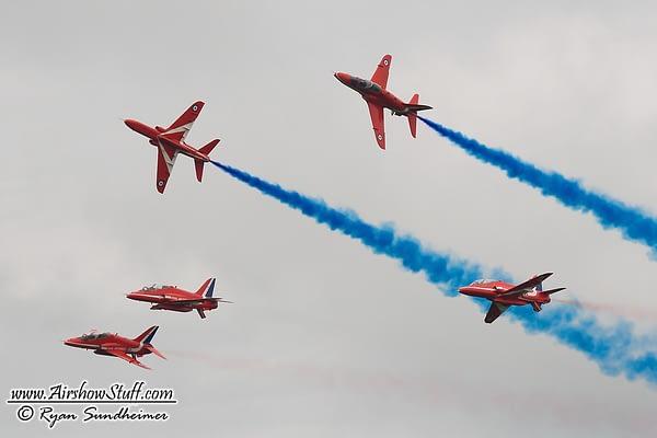 Red Arrows Aerobatic Show At Farnborough Forbidden After Shoreham Disaster