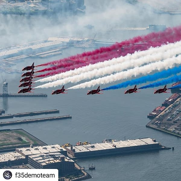 RAF Red Arrows New York City Flyover - AirshowStuff
