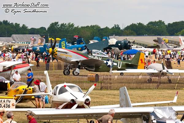 EAA AirVenture Oshkosh - AirshowStuff