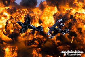 Tinstix of Dynamite - Skip Stewart, Melissa Pemberton, and Wall of Fire - EAA AirVenture Oshkosh 2014