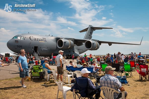 Lethbridge International Airshow - AirshowStuff