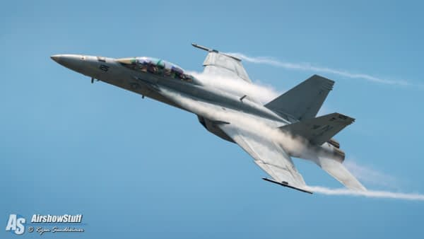 US Navy F-18 Super Hornet Demonstration Team