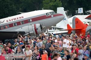 DC-3 and Crowd - EAA AirVenture Oshkosh 2014