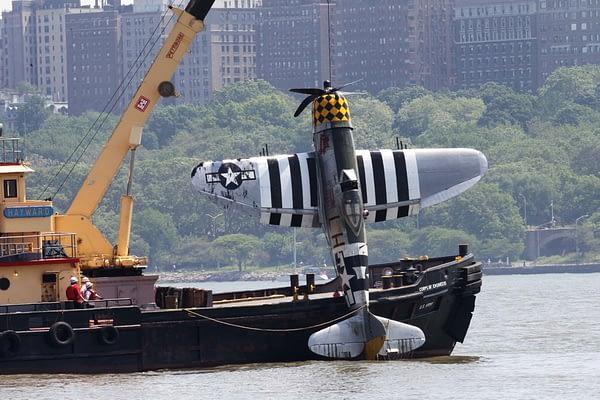 """P-47 Thunderbolt """"Jacky's Revenge"""" Pulled From Hudson River"""
