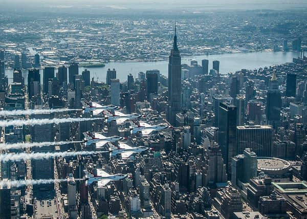 USAF Thunderbirds Delta and Empire State Building - New York City