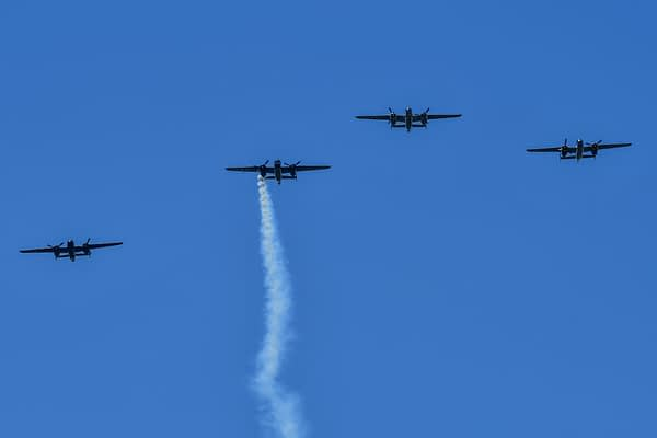 Doolittle Raiders Honored With B-25, B-1 Flybys In Dayton 75 Years After Famous Mission