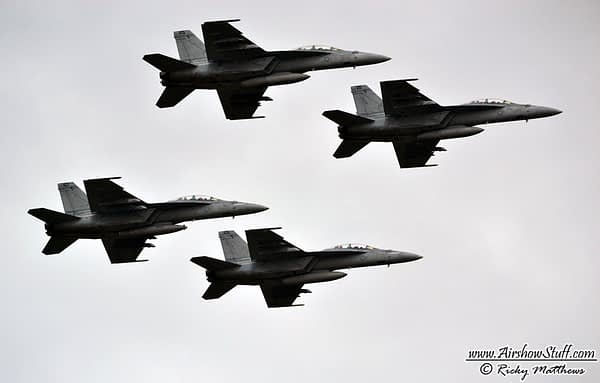 F-18 Hornets - Indy 500 Flyover 2016