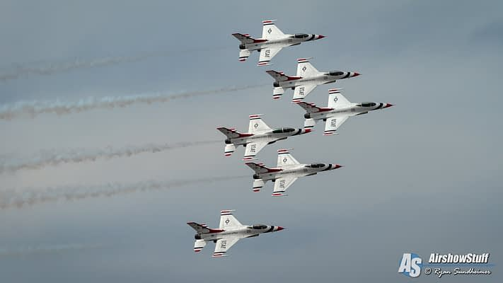 Thunderbirds Are Go For 2018 Daytona 500 Flyover
