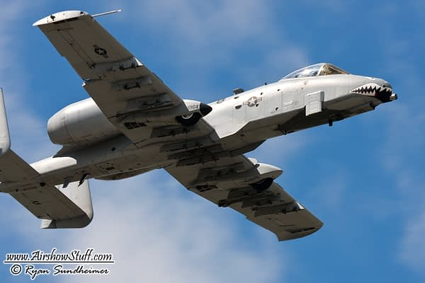 CONFIRMED: A-10 Warthog Aerobatic Demonstrations Returning In 2018!
