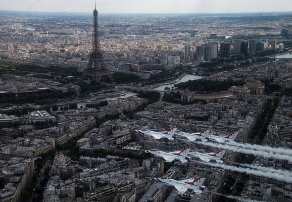 USAF Thunderbirds Soar Over Paris, Normandy Beach, And More In Preparation For Bastille Day Flyover
