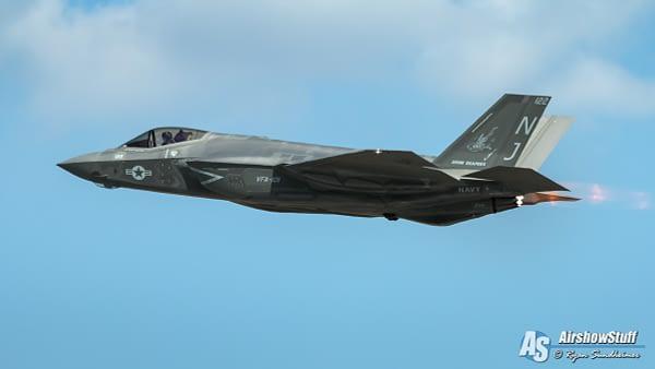 US Navy F-35C Lightning II - AirshowStuff