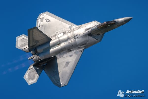 USAF F-22 Raptor Demonstration Team 2021 Airshow Schedule Released