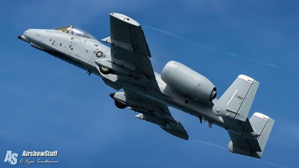 A-10 Thunderbolt II Demonstration Team - AirshowStuff