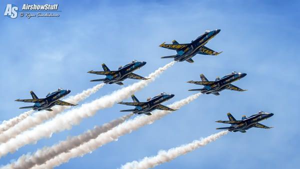 US Navy Blue Angels Delta Formation