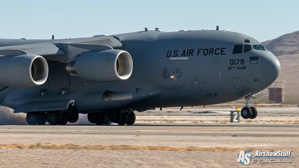 C-17 Globemaster III - AirshowStuff
