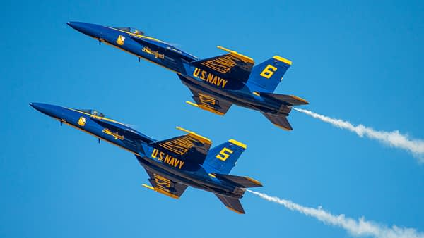 US Navy Blue Angels F-18 Super Hornet - AirshowStuff