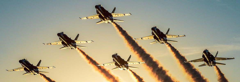 US Navy Blue Angels Final F-18 Legacy Hornet Sunset Flight - AirshowStuff