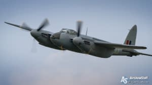de Havilland Mosquito - Thunder Over Michigan 2015
