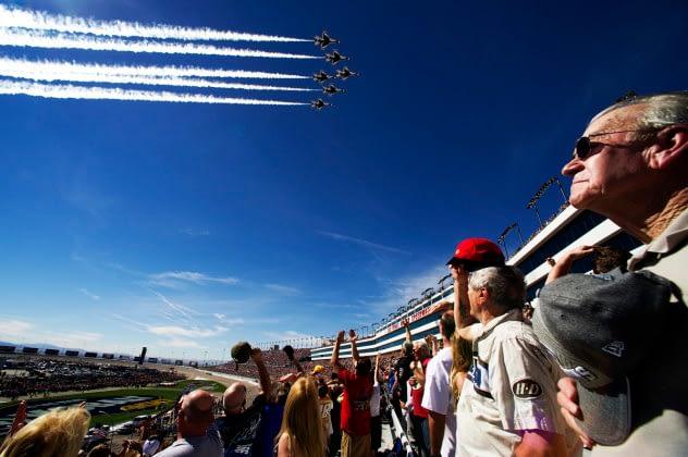 FLYOVER ALERT: Thunderbirds in Las Vegas