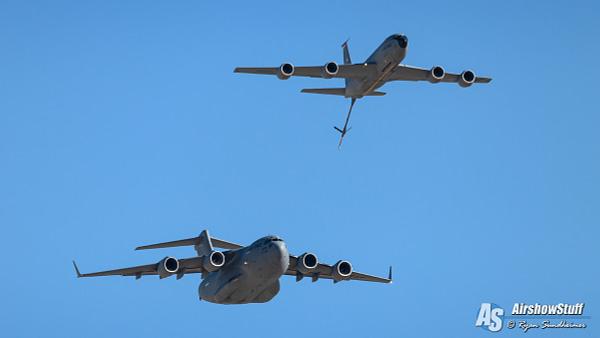 C-17 Globemaster III/KC-135 Stratotanker - AirshowStuff