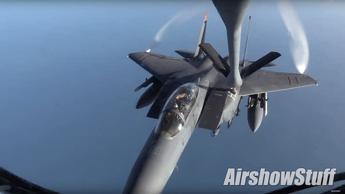 [Video] The Best Of Military Aviation – December 2015