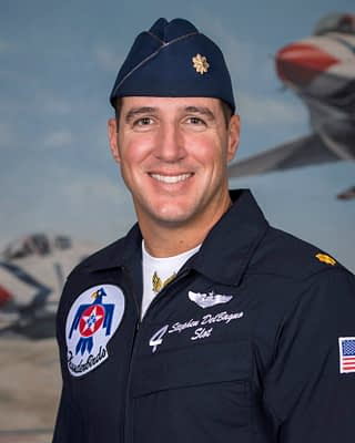 Thunderbird #4 Killed In F-16 Crash Near Creech AFB