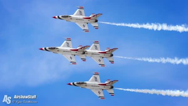USAF Thunderbirds - Battle Creek Field of Flight Airshow and Balloon Festival 2016
