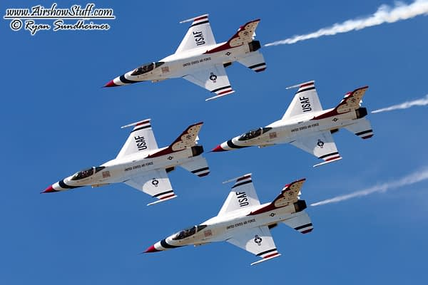 Air Force Thunderbirds And Navy Blue Angels Planning Fourth Of July Flyovers