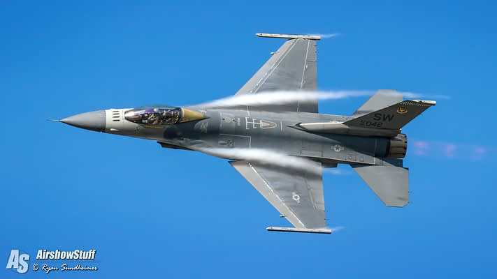 USAF F-16 Viper Demo Team Updates Schedule, Replaces Oshkosh With RIAT
