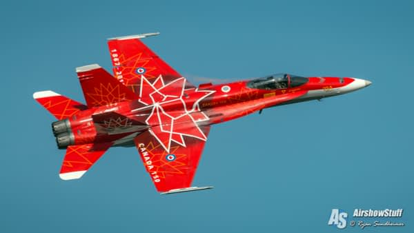 RCAF CF-18 Hornet Demonstration Team - AirshowStuff