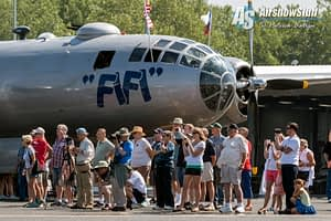 """B-29 Superfortress """"Fifi"""" - Heavy Bombers Weekend 2015"""